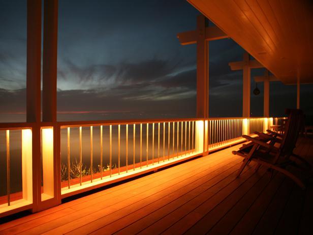 Flickr-CC-shannondemma_deck-lighting-options_s4x3_lg